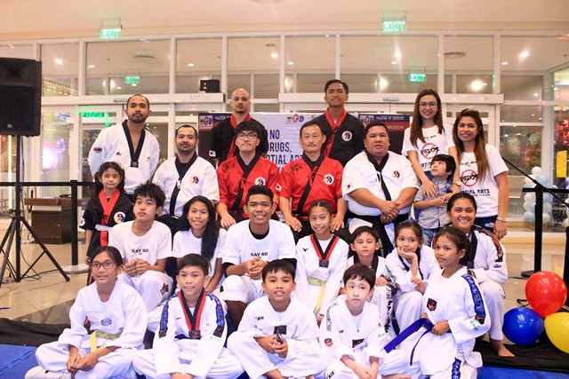 The 2nd Kummooyeh seminar and instructor training in the Philippines (필리핀 검무예 세미나)